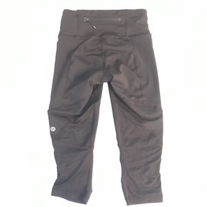 lululemon athletica Other - Lululemon capri leggings size 2